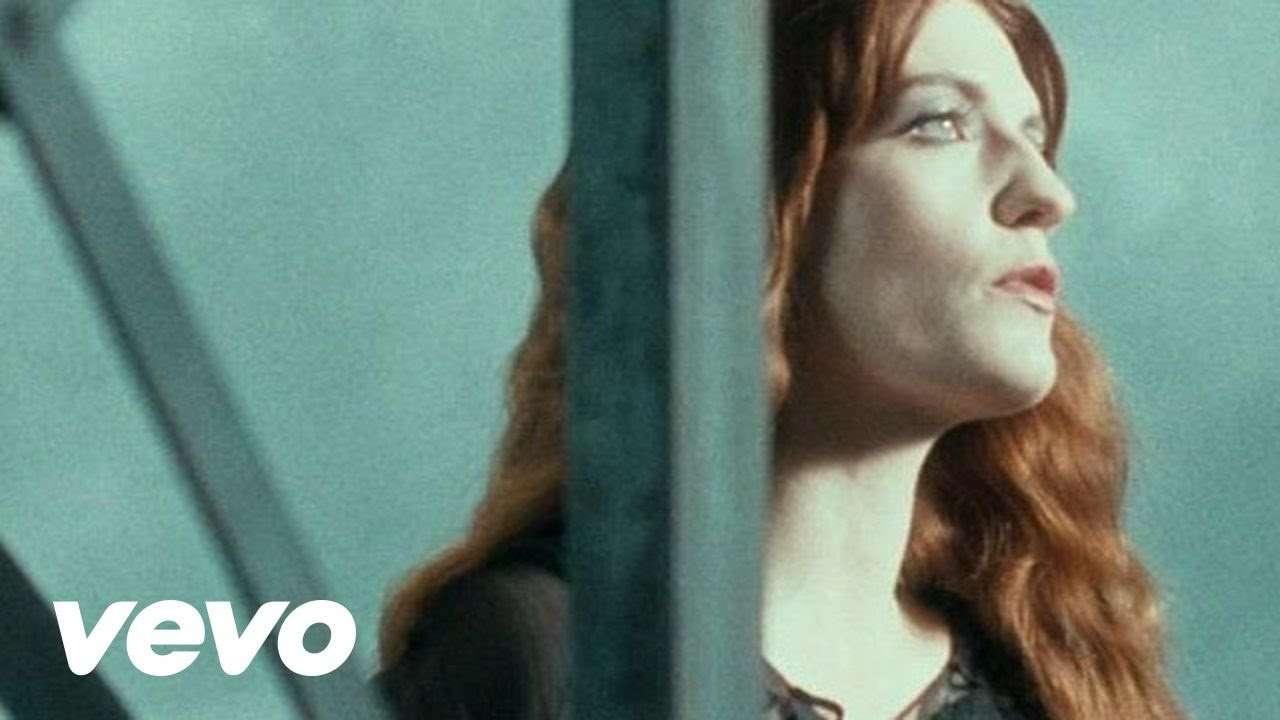 Florence + The Machine - No Light, No Light - YouTube