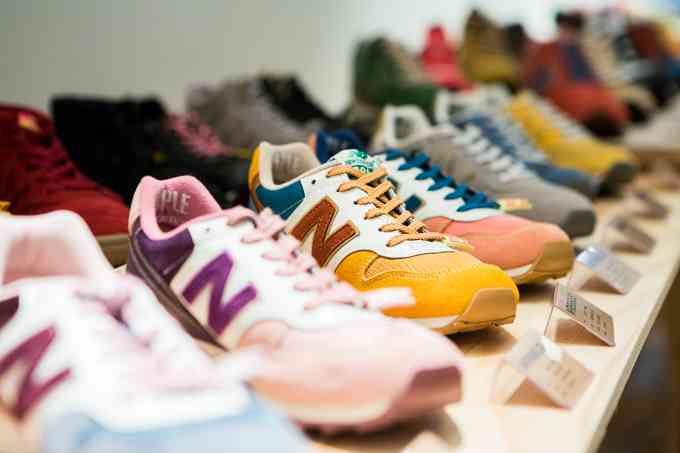 いくらぐらいの靴を買いますか?