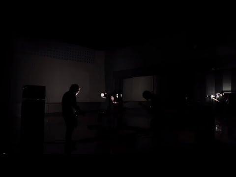 Large House Satisfaction「暗室」 - YouTube