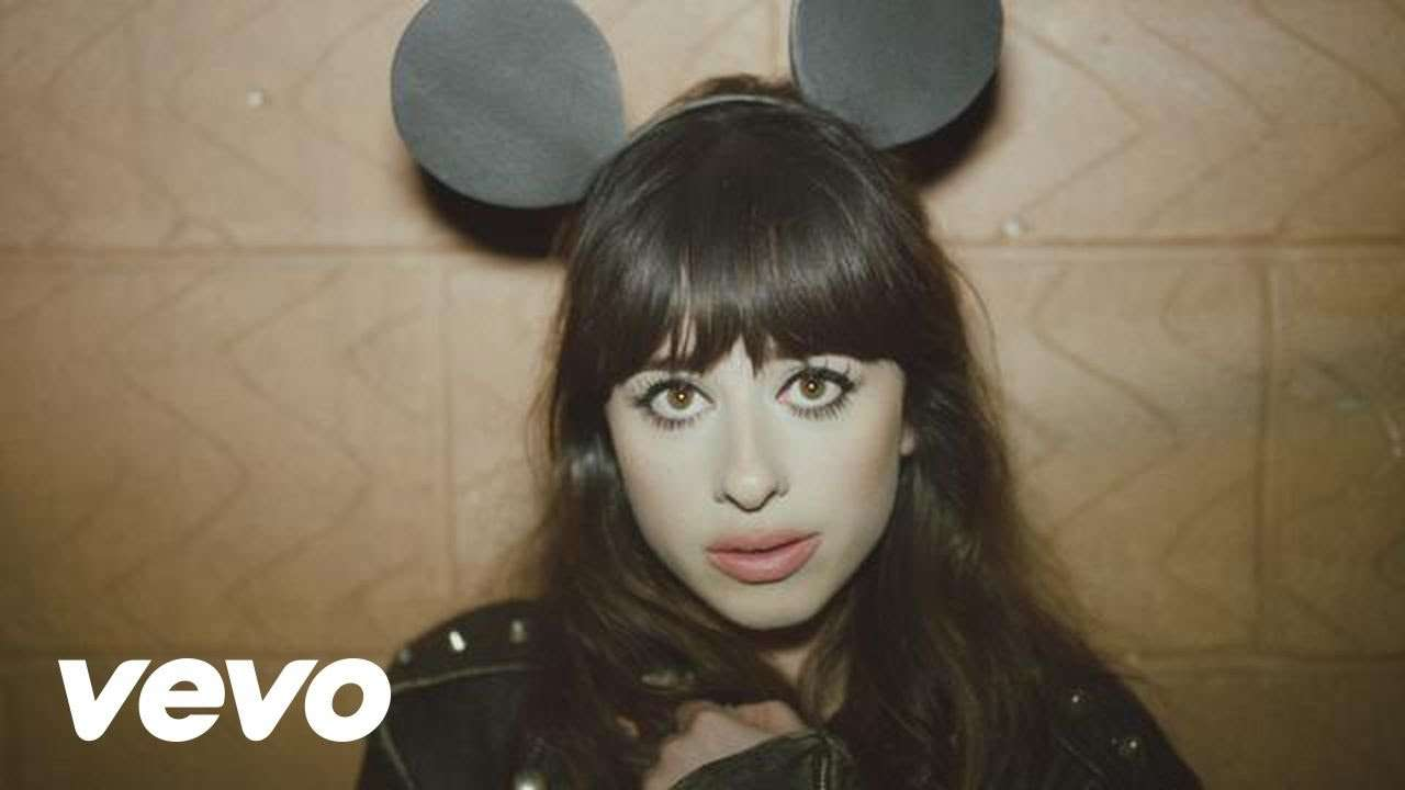 Foxes - Youth - YouTube