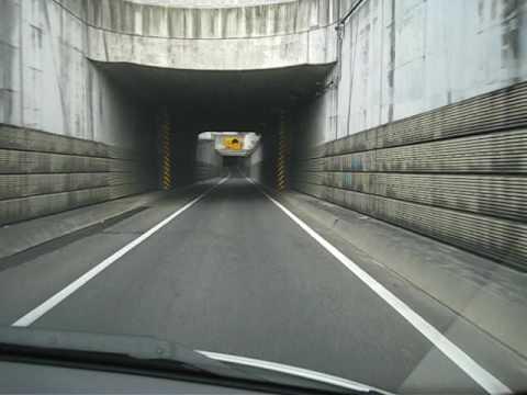 右側車線からの合流は嫌だなぁ。名古屋高速 四谷 - YouTube