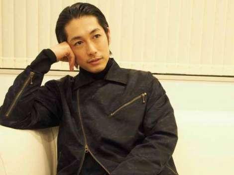 ディーン・フジオカ、NHKドラマ初主演 寺尾聰と父子役