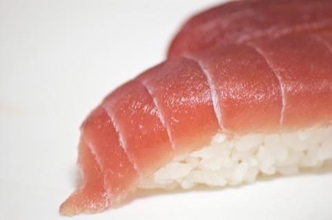 格安回転寿司、安さの裏にある「死魚」ネタとは?   日刊SPA!
