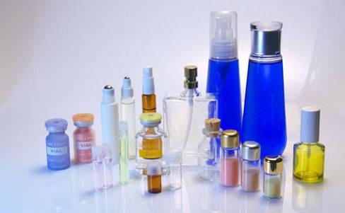 化粧品の使用期限、気にしていますか?