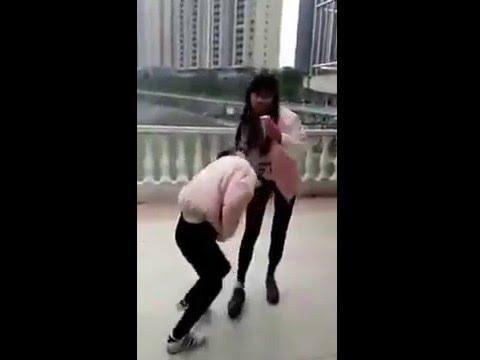 中国でのいじめ1 - YouTube
