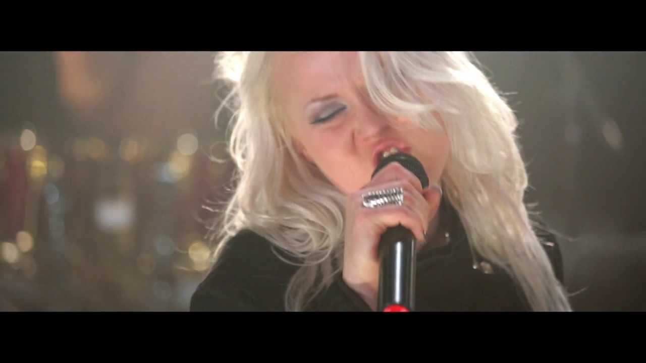 BATTLE BEAST - Black Ninja (OFFICIAL MUSIC VIDEO) - YouTube