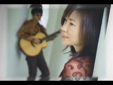ひだまりの詩/Le Couple (OFFICIAL MUSIC VIDEO) - YouTube