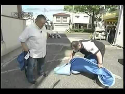 【探偵!ナイトスクープ】たためないワンタッチ・テント! 探偵:松村邦洋 - YouTube