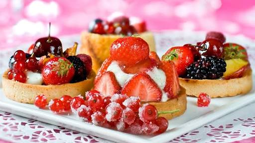 ファミレスの美味しいデザート教えて!