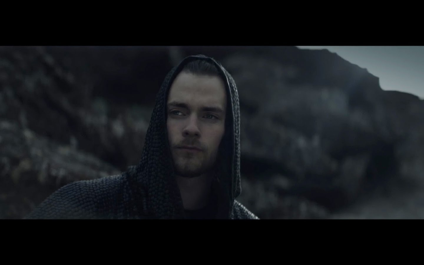 Ásgeir - King And Cross (Official video) - YouTube