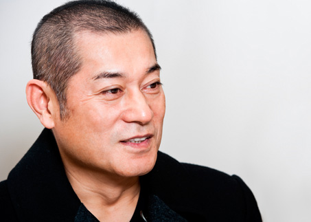 """松平健61歳で3度目結婚…長男と""""3ショット""""たびたび目撃"""