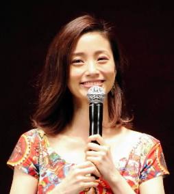 上戸彩 泉ピン子からの叱責を大切に あんたの席なんかすぐにとられる (デイリースポーツ) - Yahoo!ニュース