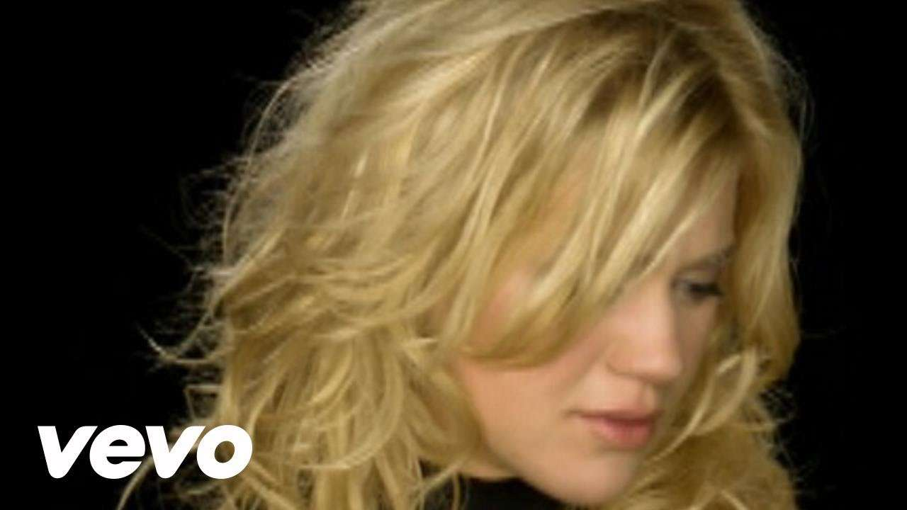 Kelly Clarkson - Because Of You - YouTube