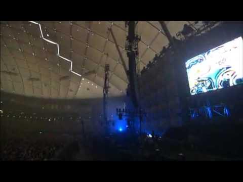 KYOSUKE HIMURO -WILD ROMANCE- at TOKYO DOME 2004 - YouTube