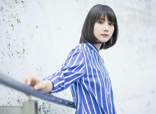 月9ドラマ「ラヴソング」出演で話題の新山詩織、新曲MV公開 (M-ON!Press(エムオンプレス)) - Yahoo!ニュース