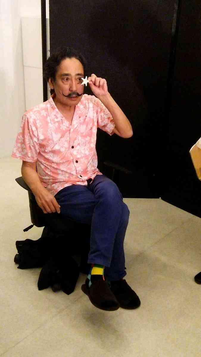 【マジ似すぎ】ルー大柴さんがサルバドール・ダリに扮した写真が話題に! ネットの声「めっちゃ似てルー!」「どっちがルーでどっちがダリやら」