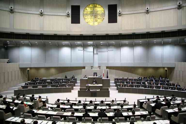 東京都議会、リオ視察中止へ 総経費1億円前後、世論に配慮