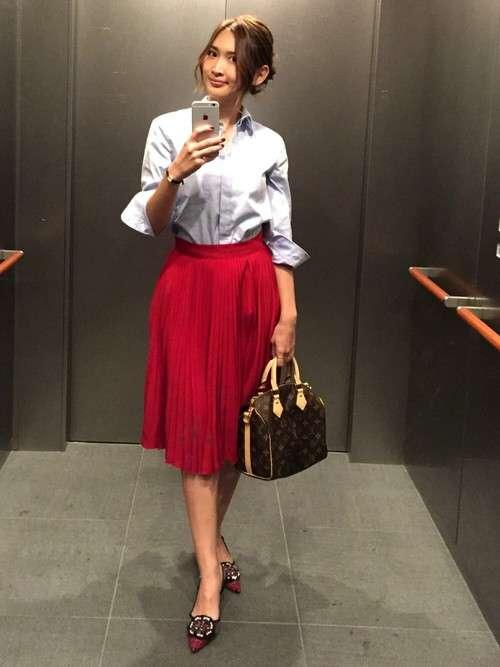 紗栄子、ほっそり美脚あらわなラフコーデに「色っぽい」「スタイル良すぎ」と反響