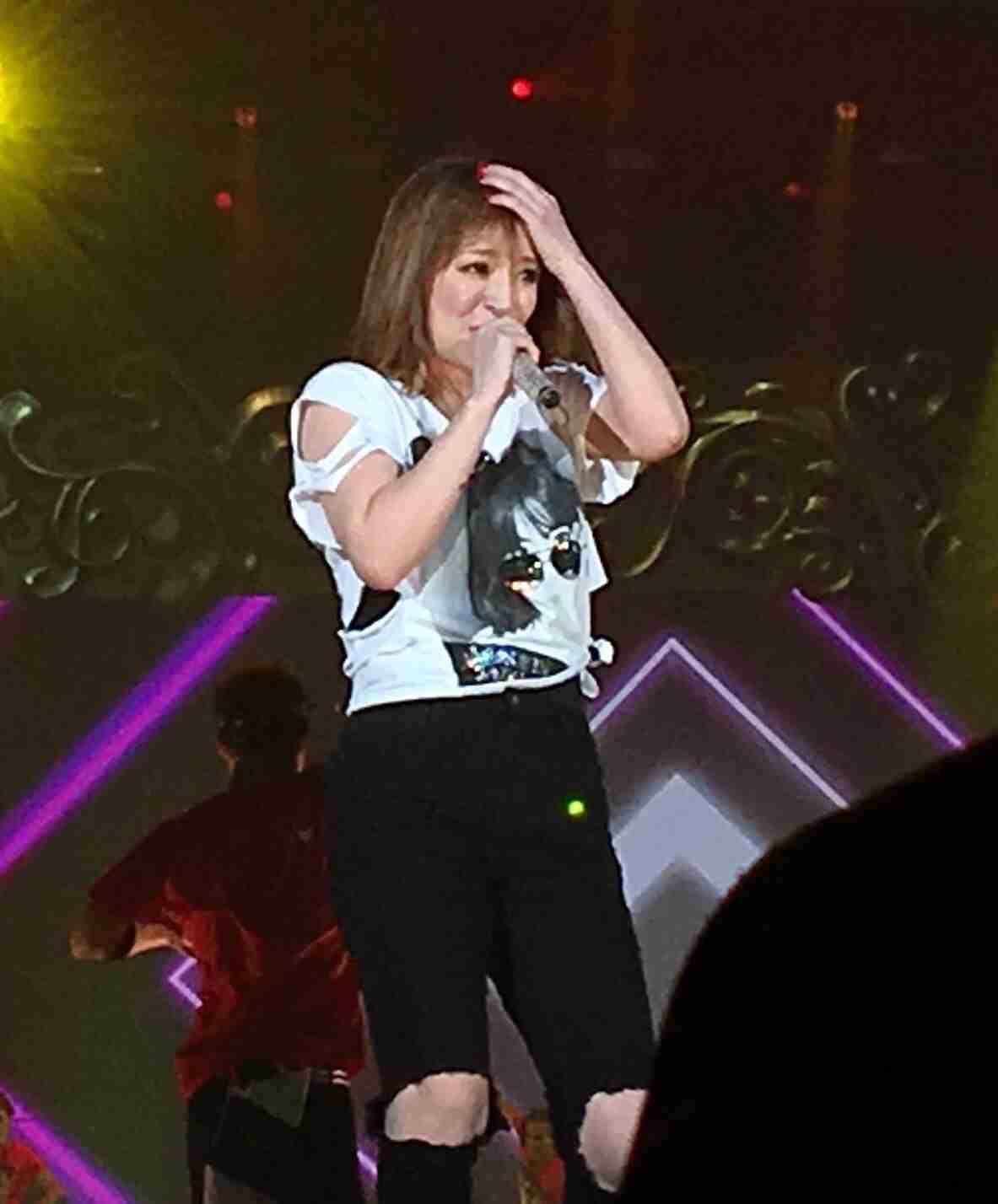 藤井フミヤ、浜崎あゆみ、セカオワ…「撮影OK」ライブが増えている理由
