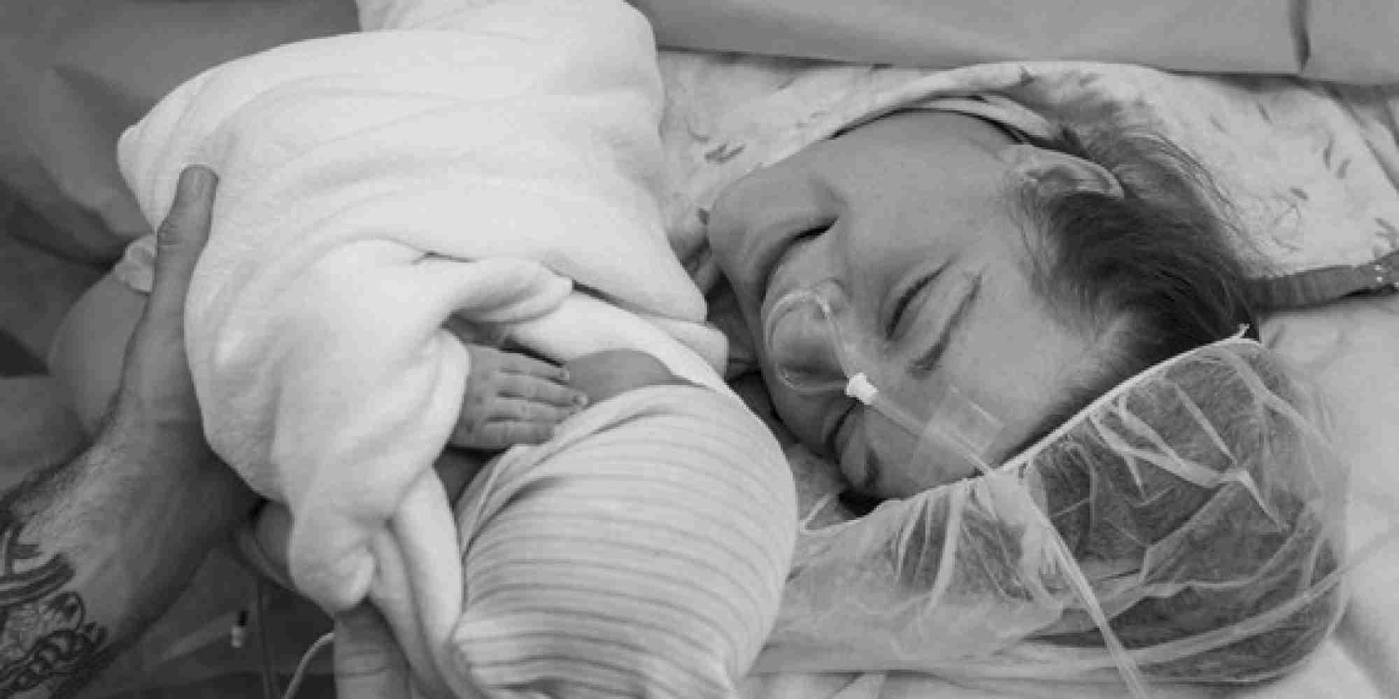 帝王切開で出産した母親についての3つの真実|Monet Moutrie