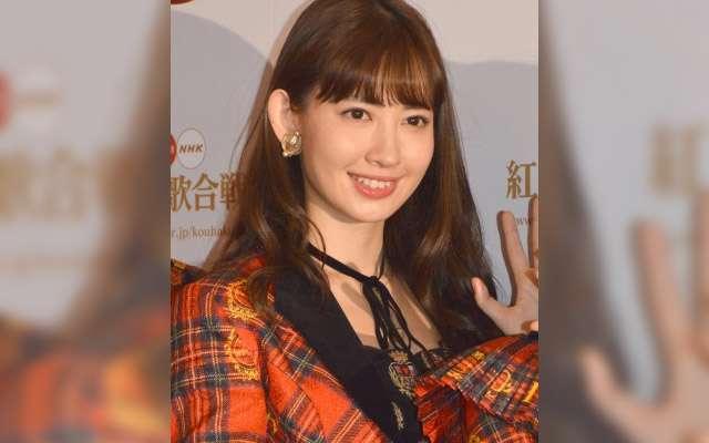 "AKB48・小嶋陽菜が見事""万馬券""を的中! 競馬への情熱が素晴らしい!  –  grape [グレイプ]  – 心に響く動画メディア"