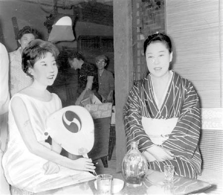 山田五十鈴さん、娘との確執と京都の墓  - 芸能 - ZAKZAK