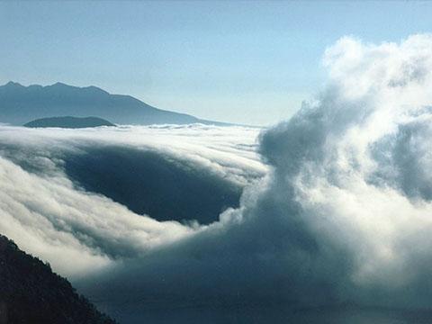 美しい雲の画像を下さい!