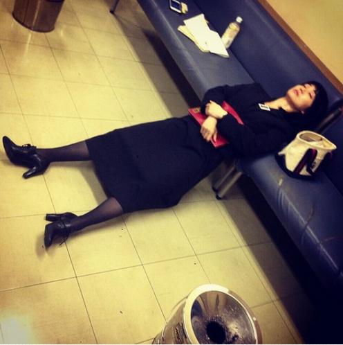 大島優子、衝撃の睡眠姿を公開…スゴすぎる体勢に反響