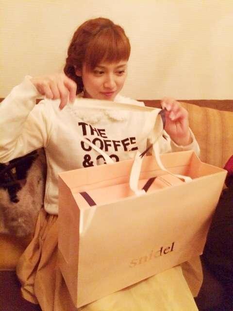 愛梨ちゃん30歳!!|AKINAオフィシャルブログ Powered by Ameba