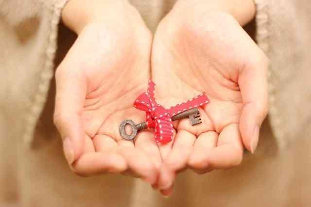 家の合鍵を義親に渡しますか?