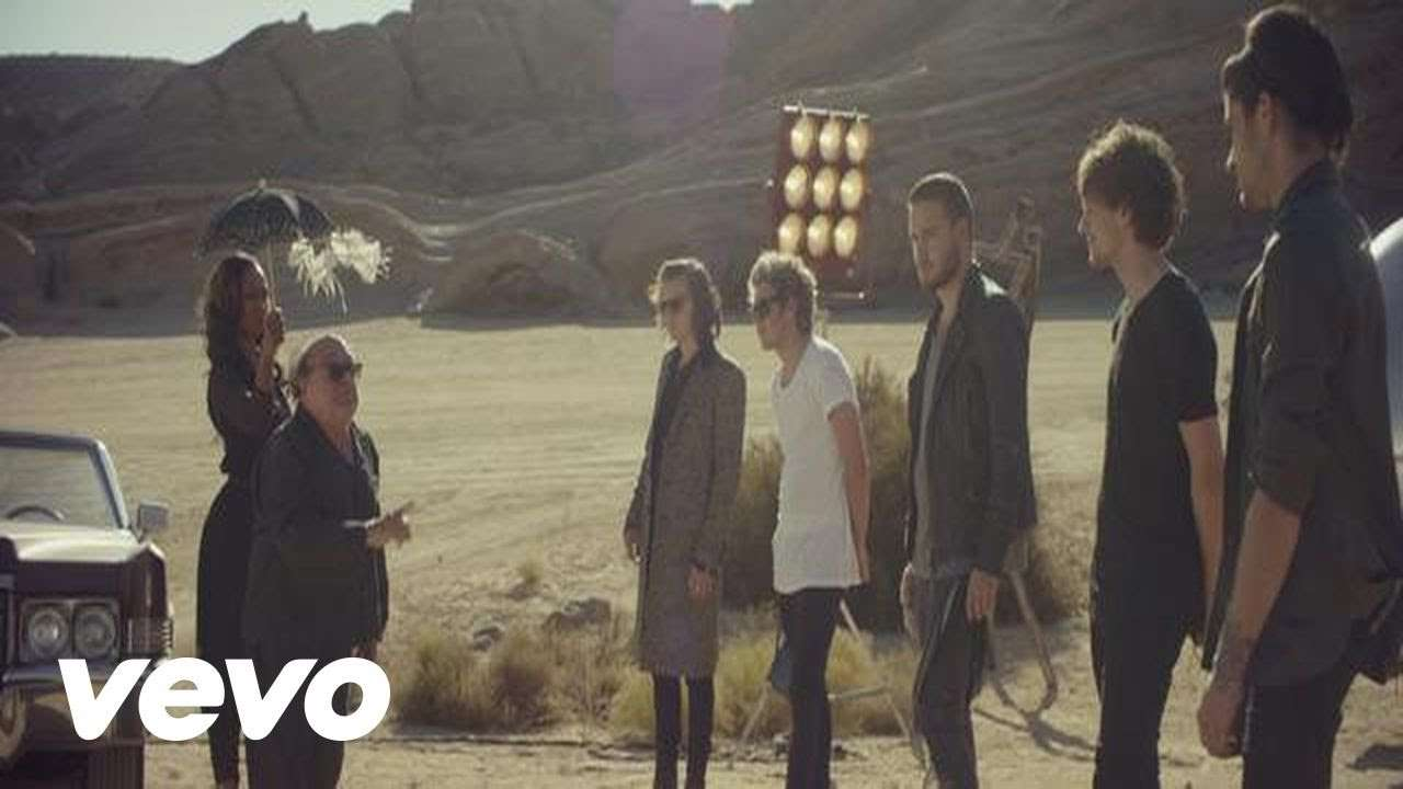 One Direction - Steal My Girl - YouTube