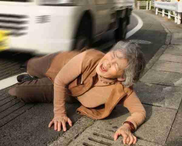 カメラデビューは70歳 おばあちゃんの笑撃自撮りが話題|週刊女性PRIME [シュージョプライム] | YOUのココロ刺激する