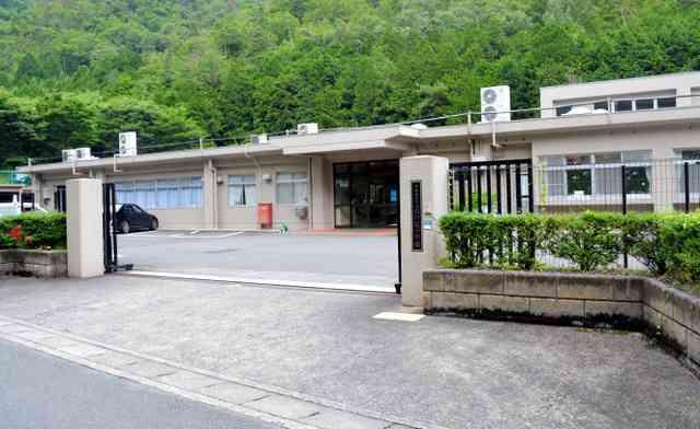 障害者施設で繰り返し虐待 入所者、歯や骨折る大けが:朝日新聞デジタル