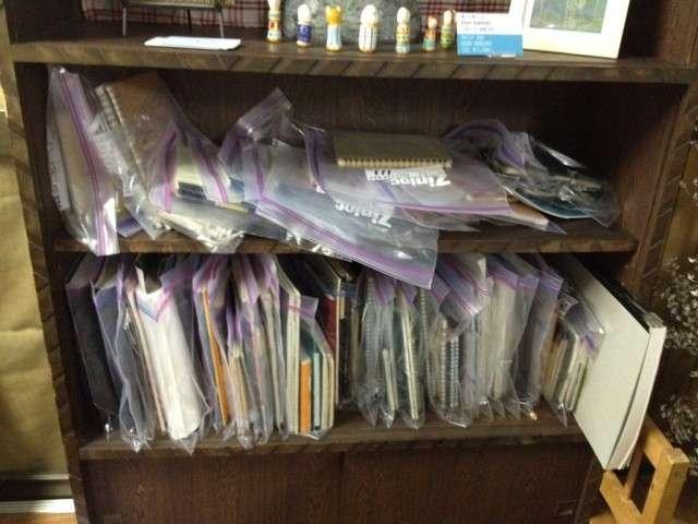 使用済み手帳を集めている収集家 1冊1000円で買い取り、展示会を開催中!