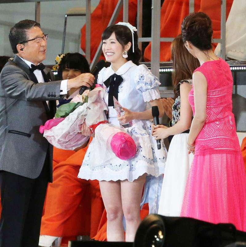 渡辺麻友1位、指原2位/選抜総選挙速報結果 - AKB48 : 日刊スポーツ