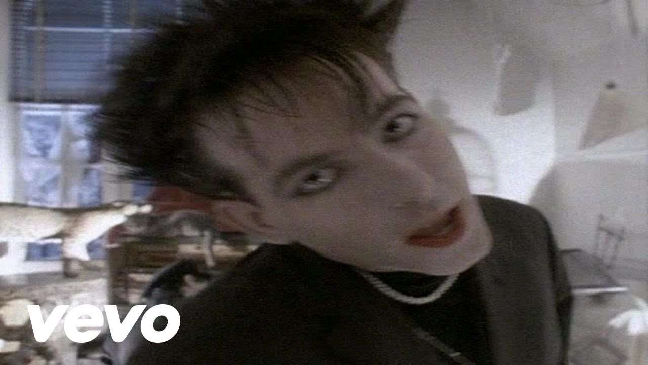 The Cure - The Lovecats - YouTube
