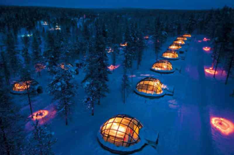 【これぞ極上の贅沢】ベッドで寝ながらオーロラ鑑賞?フィンランドのガラス張りホテルが贅沢すぎる! | RETRIP[リトリップ]