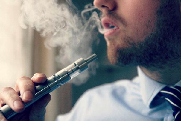加熱型たばこが人気「禁煙店でもOK」? 喫煙スタイルに変化も