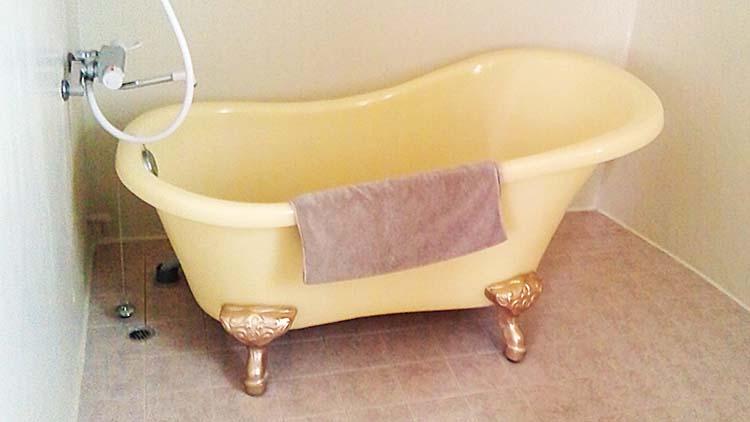 「風呂に入らない若者」が増え、個人消費減少?:日経ビジネスオンライン