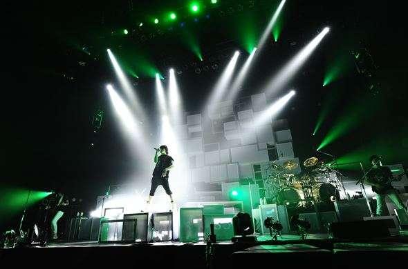 ライブで覚醒している歌手の画像やGIFください!