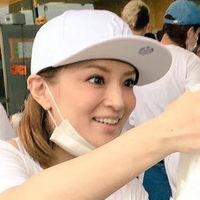 批判されても・・・浜崎あゆみの熊本での炊き出し姿が眩しい! - NAVER まとめ