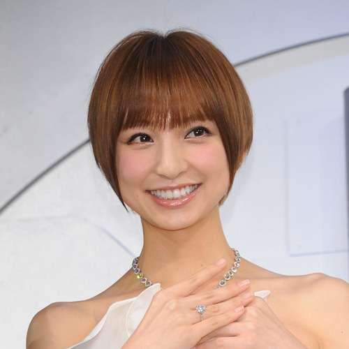 仕事がなくなりかけている篠田麻里子が打って出た「窮余の策」 | まいじつ