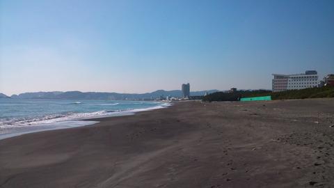 母親が子供を刺した?千葉県鴨川市の砂浜海岸で無理心中か | 炎上系ニュース速報