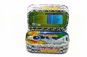 「リオの空気」の缶詰、五輪目前に人気 でも中身は…
