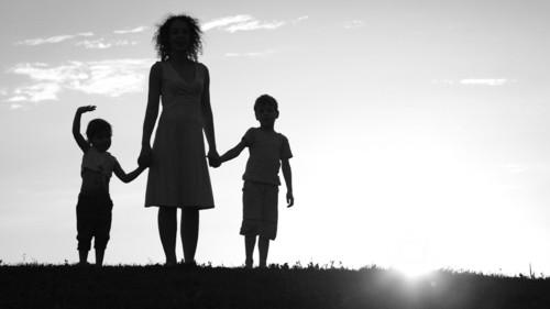 母子家庭育ちの結婚