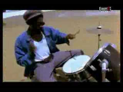 Aswad - Shine - YouTube