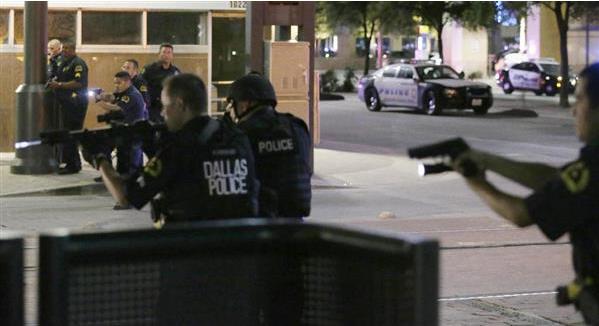 【ダラス警官銃撃】 「白人警官殺したかった」 ロボット爆弾で容疑者爆殺
