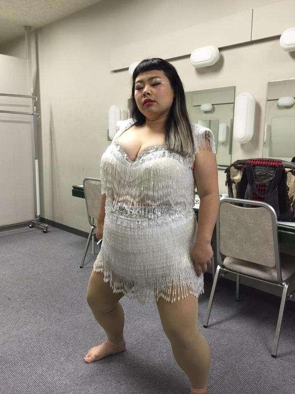 トトロのハイレグ水着がセクシー…? 衝撃的なシルエットに釘づけ