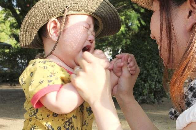 赤ちゃん・子どもの癇癪(かんしゃく)とは?原因と対処法まとめ | Conobie[コノビー]