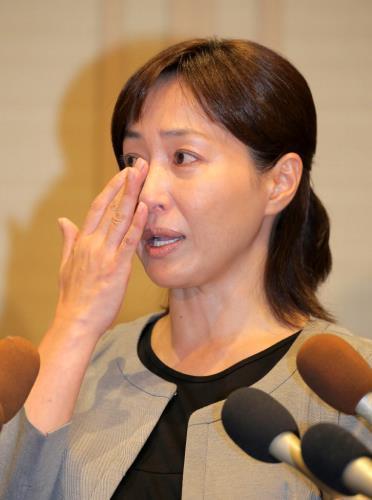 謝罪会見をした高島礼子の所属事務所に激励メッセージが殺到 - ライブドアニュース